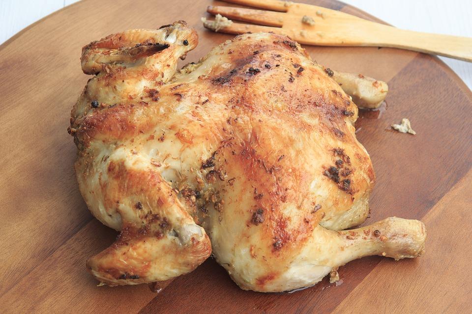 تفسير حلم رؤية الدجاج المطبوخ أو المسلوق في المنام