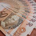 تفسير رؤية استلاف المال في المنام أو الديون في الحلم