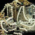 تفسير حلم رؤية طقم الذهب في المنام للعزباء