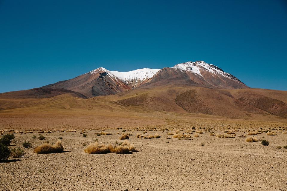 تفسير حلم رؤية جبال الرمل في المنام ابن سيرين