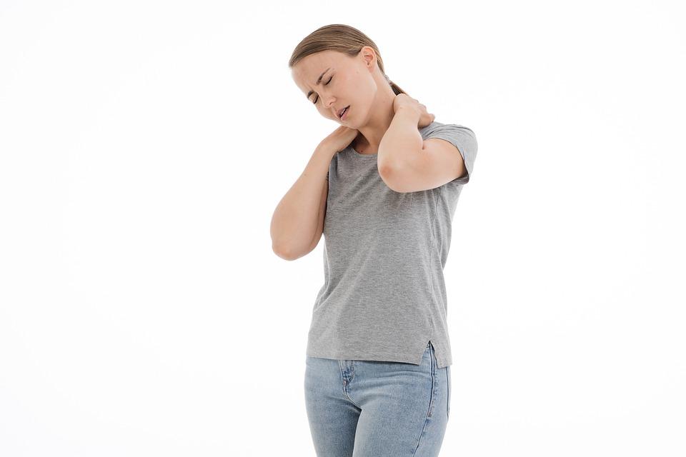 أسباب الوتاب وكيفية علاج تشنجات الرقبة