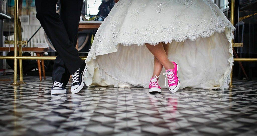 تفسير حلم رؤية امرأة تزوجت بآخر في المنام لابن سيرين
